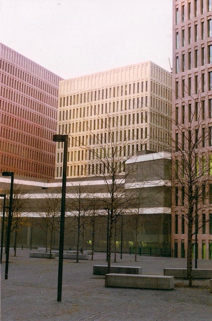 ciutat de la justicia barcelona edifici